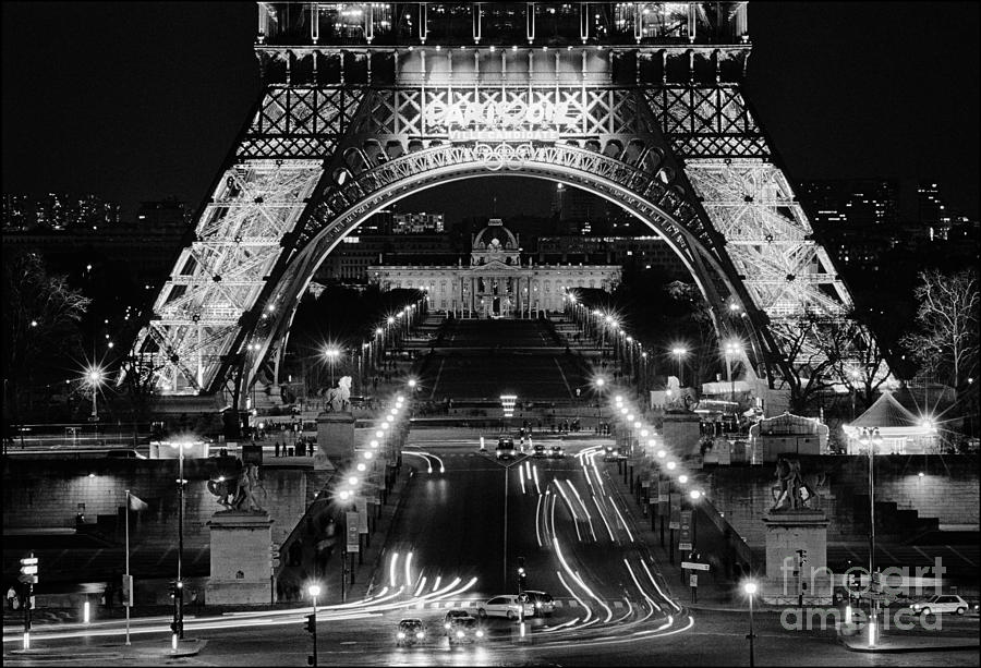 Tour Eiffel Photograph - The Eiffel Tower at Night by Aldo Cervato