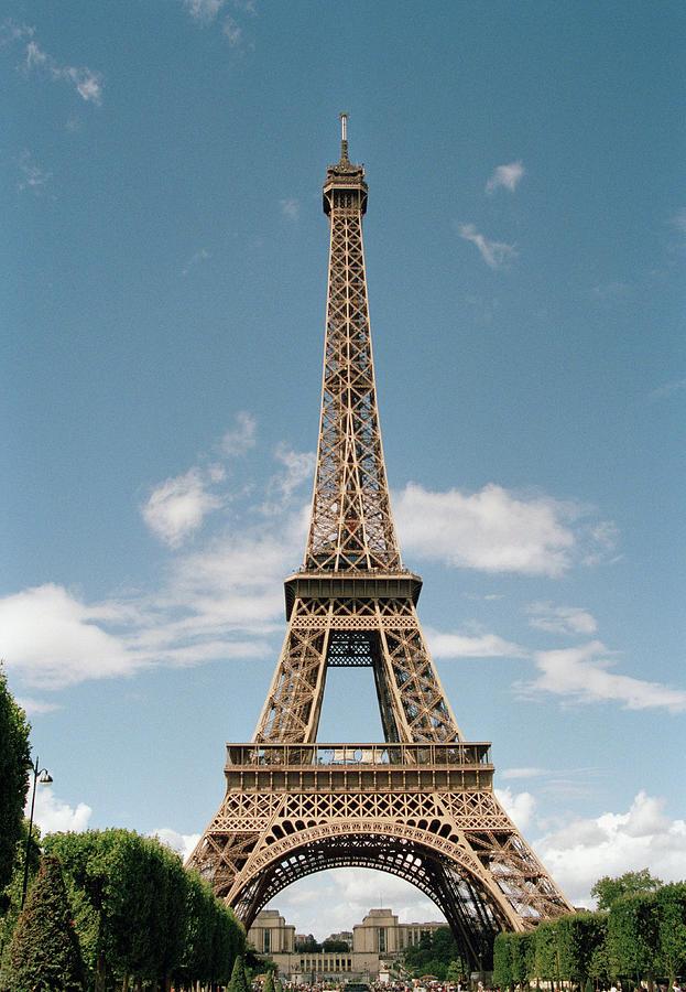 Vertical Photograph - The Eiffel Tower, Paris by Martin Diebel