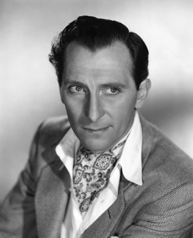 1950s Portraits Photograph - The End Of The Affair, Peter Cushing by Everett