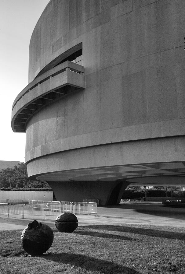 Architecture Photograph - The Hirshhorn Museum I by Steven Ainsworth