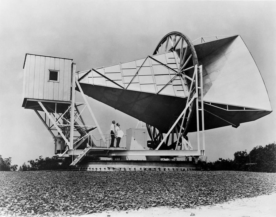 History Photograph - The Horn Reflector Antenna At Bell by Everett