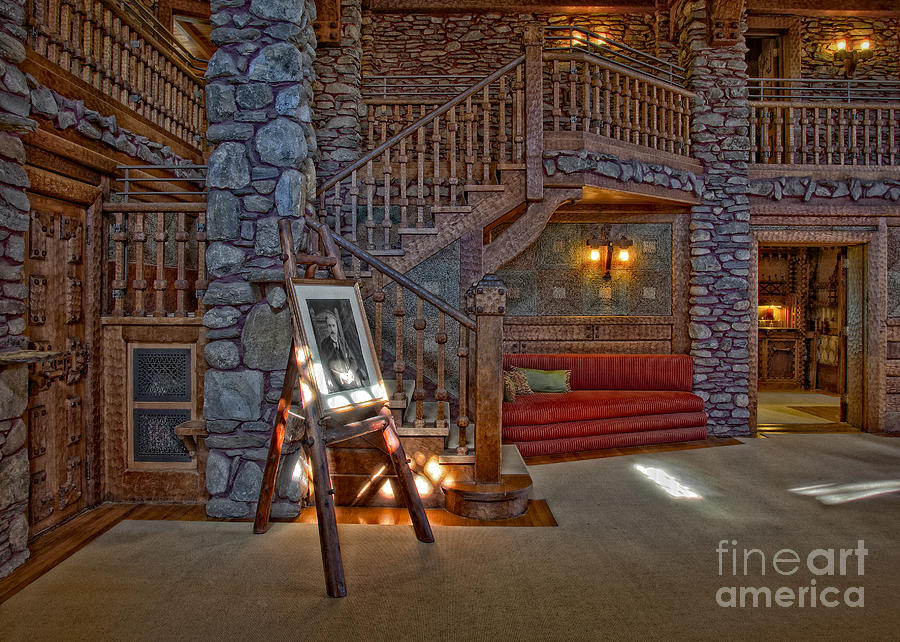 Gillete Castle Photograph - The Kings Living Room by Susan Candelario