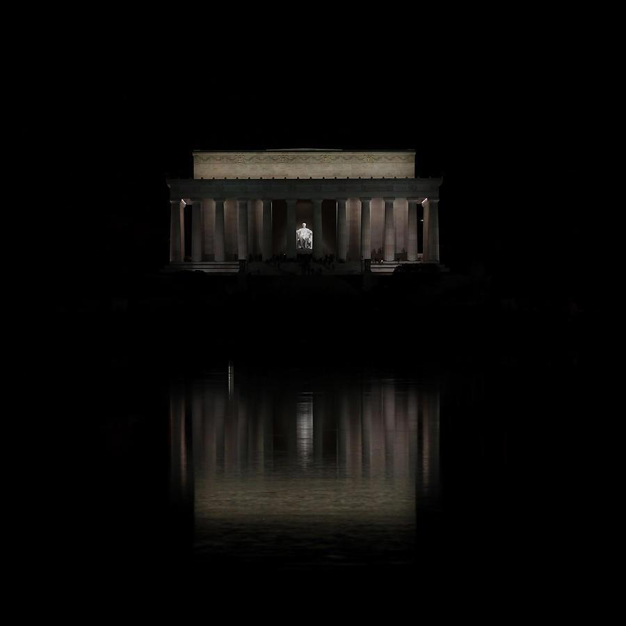 Washington Dc Monument Photograph - The Lincoln Memorial by Kim Hojnacki