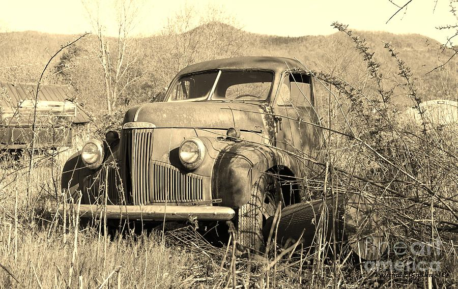 Truck Photograph - The Ole Studebaker by Laurinda Bowling