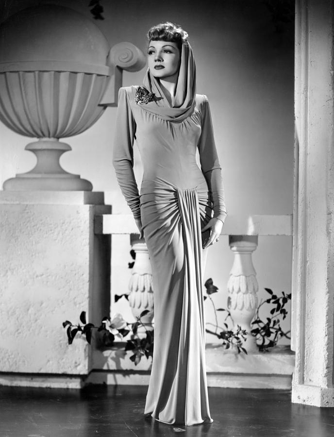 1940s Portraits Photograph - The Palm Beach Story, Claudette by Everett