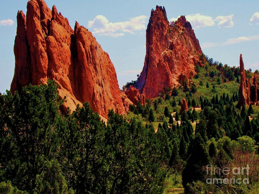 Garden Of The Gods Photograph - The Red Rocks Of Gods Garden by Donna Parlow