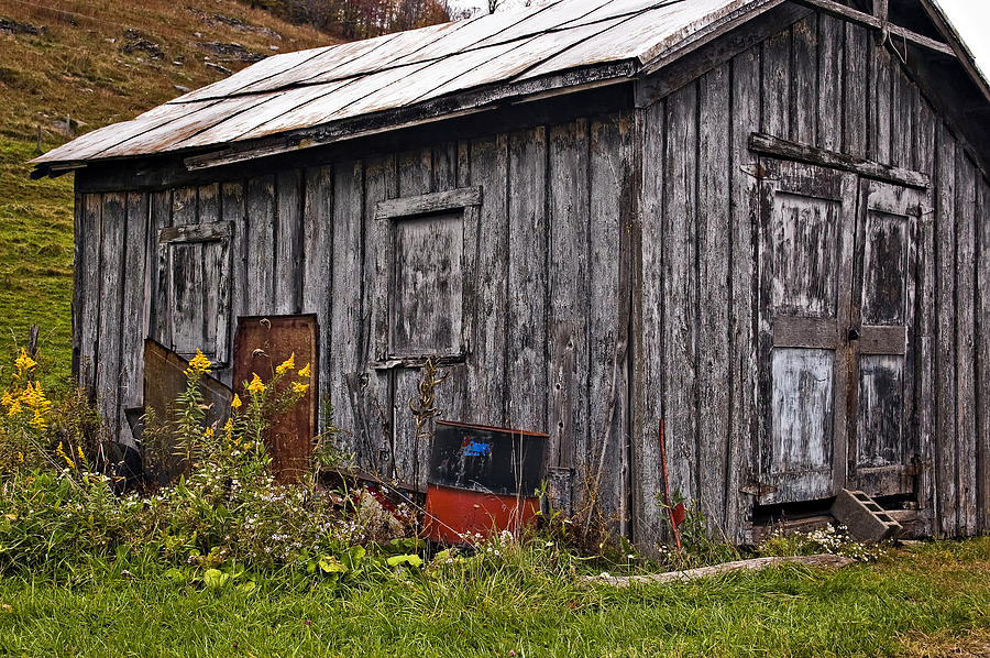 West Virginia Photograph - The Shed by Steve Harrington