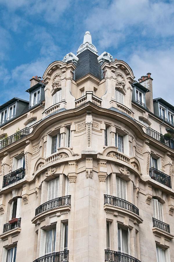 Building Photograph - The Splendor Of Paris by Kent Sorensen