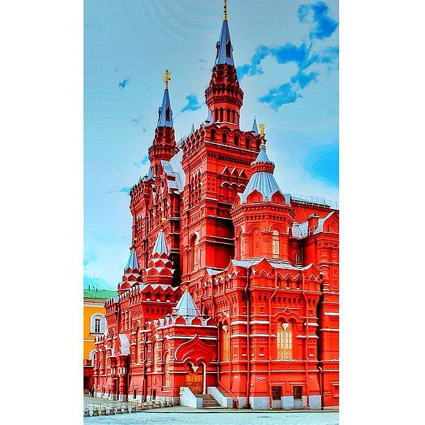 Beautiful Photograph - The State Historical Museum (russian: by Tommy Tjahjono