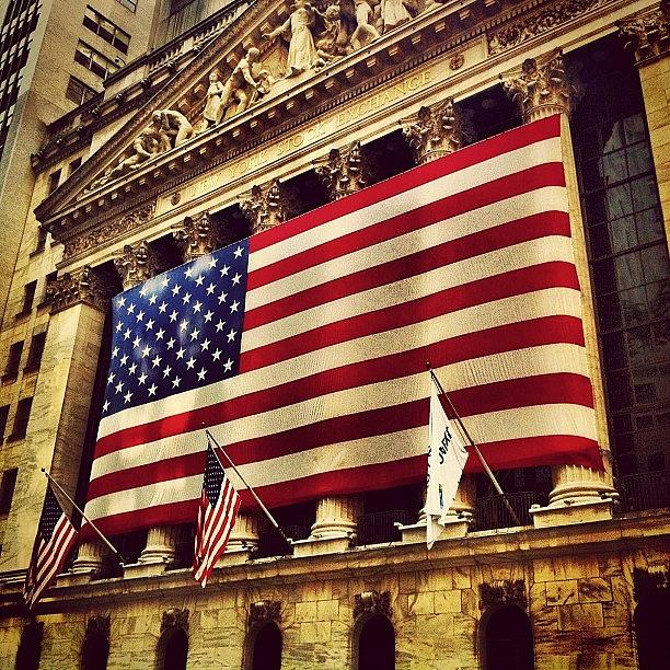 Nyc Photograph - The Stock Exchange Gets Patriotic by Luke Kingma