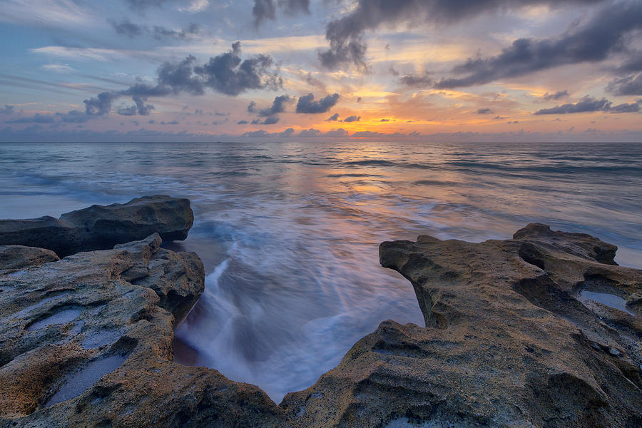 United States Of America Photograph - The Tide Rushes In by Claudia Domenig