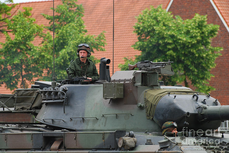 Tank Photograph - The Turret Of The Leopard 1a5 Main by Luc De Jaeger