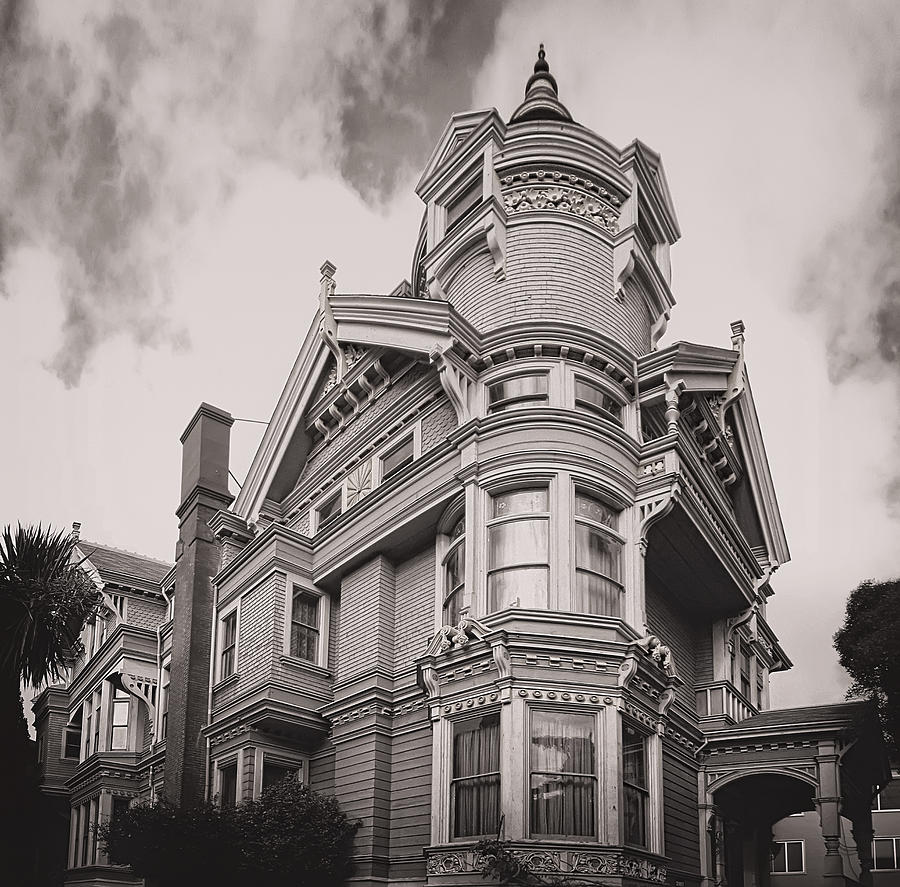 The Victorian Haas Lilienthal House
