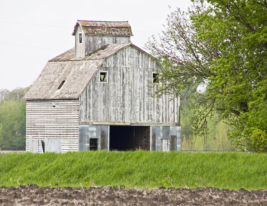 the weathered barn photograph by wayne stabnaw