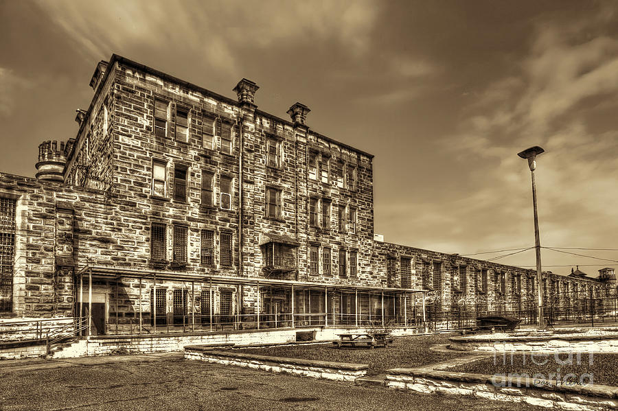 Backside Photograph - The West Virginia State Penitentiary Backside by Dan Friend