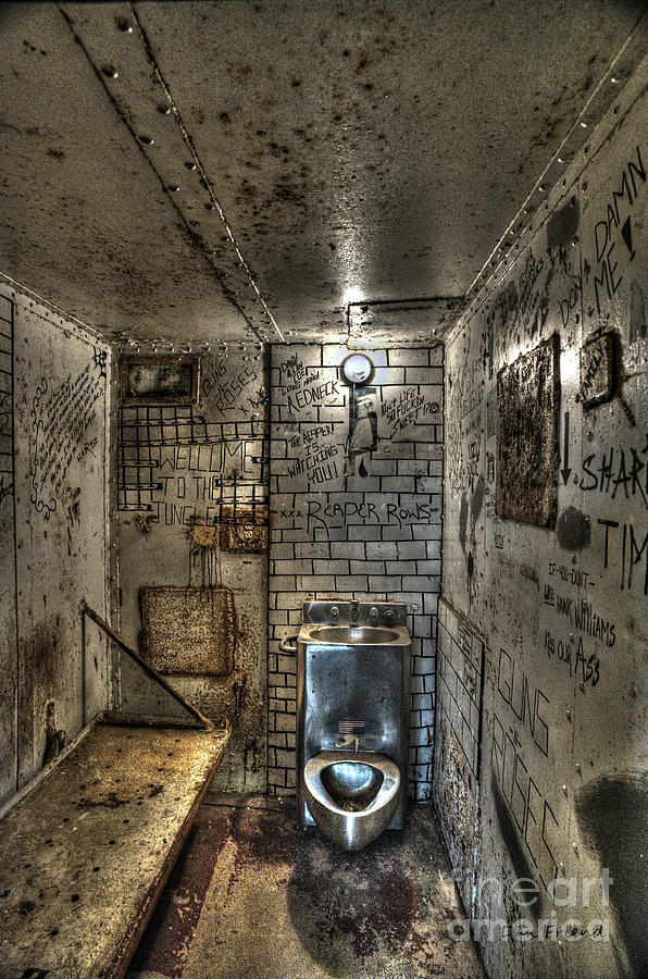 The West Virginia State Penitentiary Cell Photograph by Dan Friend