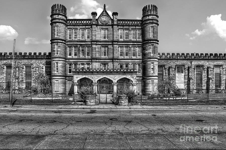 West Virginia State Penitentiary Photograph - The West Virginia State Penitentiary Front by Dan Friend