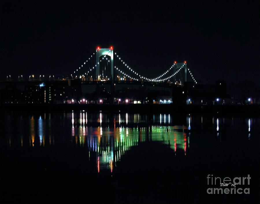 Bridge Digital Art - Throggs Neck Bridge by Dale   Ford