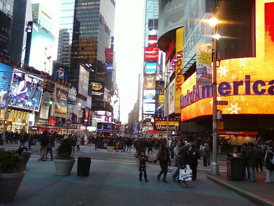 Color Photography Photograph - Time Square by Cecelia Taylor-Hunt