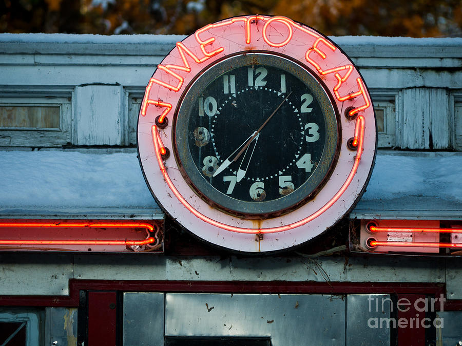 Diner Photograph - Time To Eat by Edward Fielding