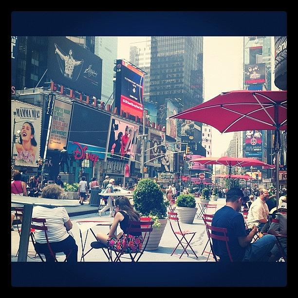 Nyc Photograph - Times Square by Amy Reid 💜