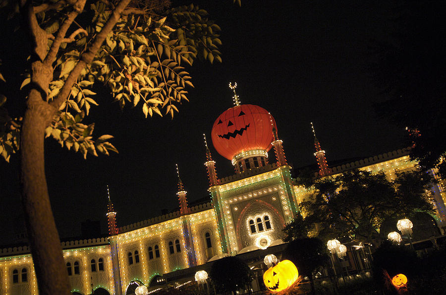 anthropomorphic face photograph tivoli garden during halloween hotel by keenpress