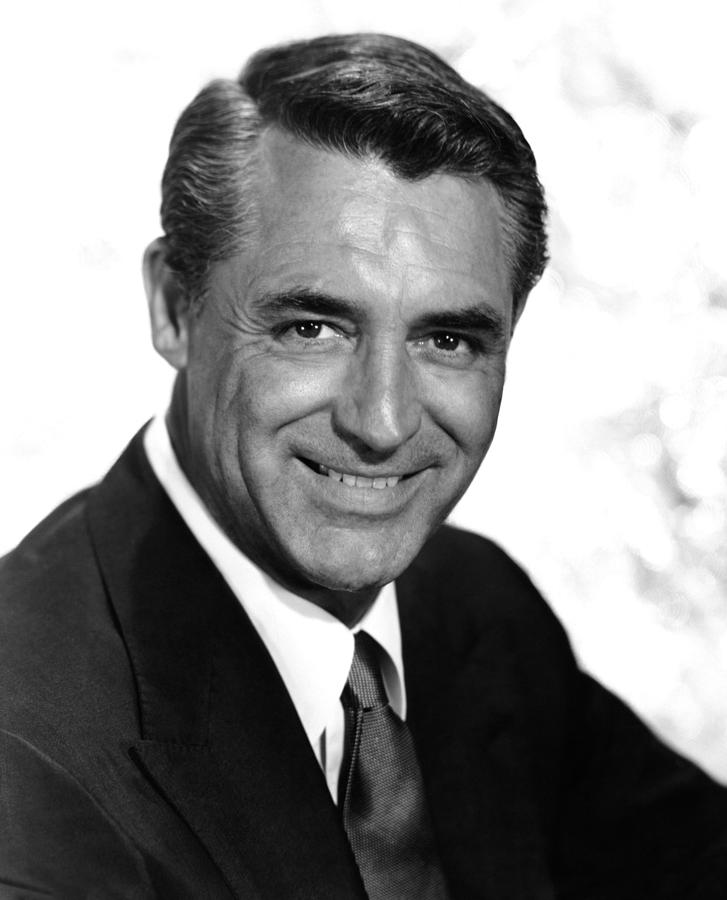 1950s Portraits Photograph - To Catch A Thief, Cary Grant, 1955 by Everett