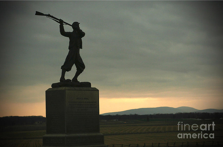 Gettysburg Photograph - To The Last by Thomas Smail