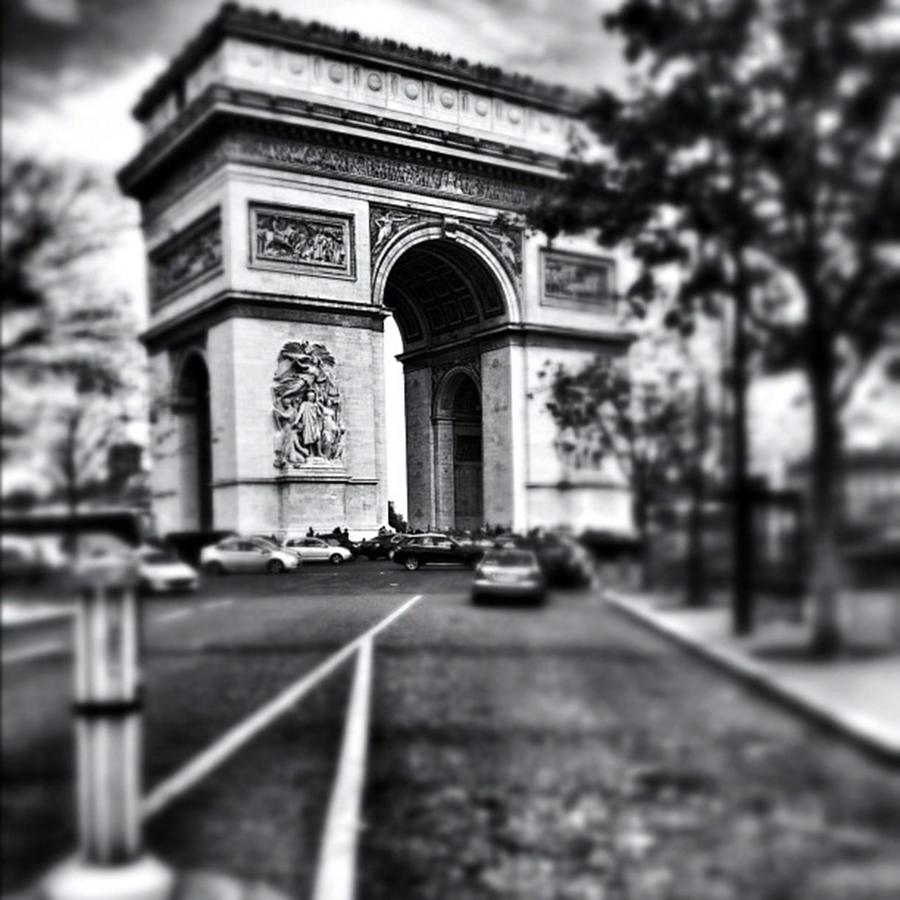 Blackandwhite Photograph - #today #paris #monument #bnw #monotone by Ritchie Garrod