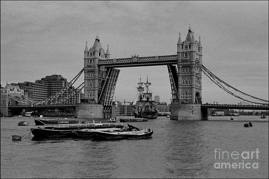 The Endeavor Photograph - Tower Bridge And The Endeavor by Aldo Cervato