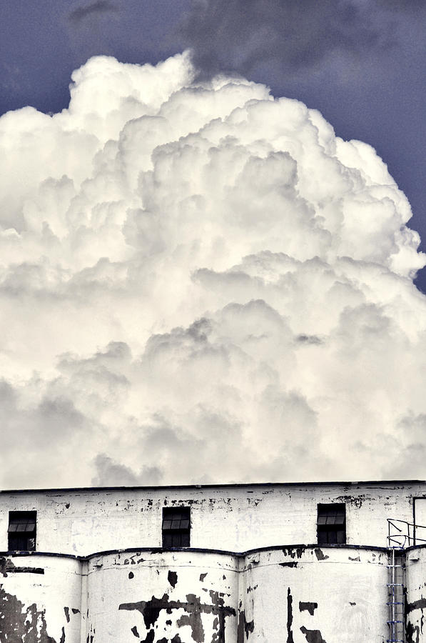 Thunder Head Photograph - Towering by Brian Duram