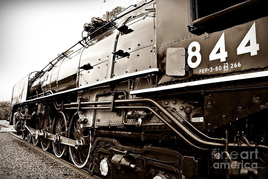 Train Digital Art - Train 844 Stopped by Joseph Porey