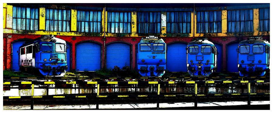 Trains Bleus Photograph by Louis Guermond