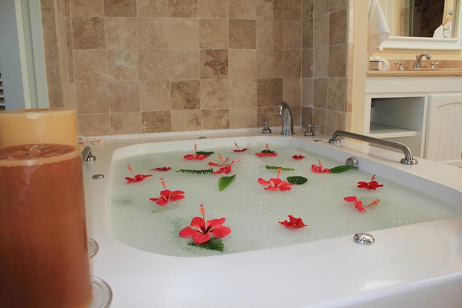 Bath Tub Photograph - Tub Of Hibiscus by Shane Bechler