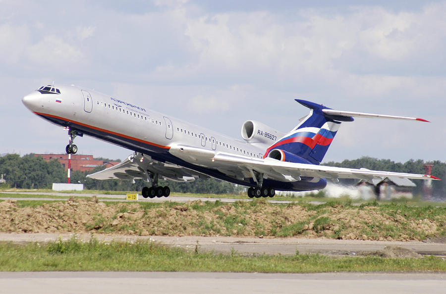 Tupolev Tu-154 Photograph - Tupolev 154 Aircraft, Russia by Ria Novosti