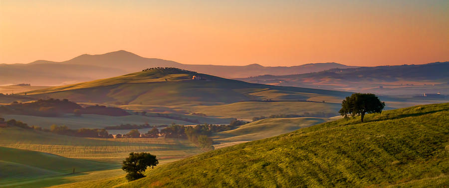 Tuscany Photograph - Tuscan Morning by Daniel Sands