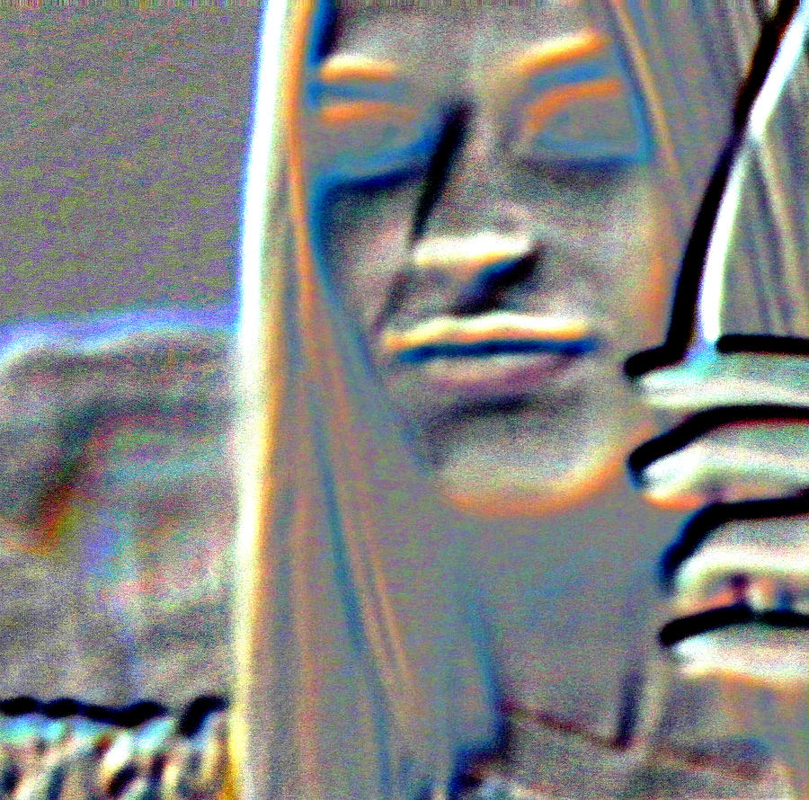 Abstract Photograph - Tv Woman by Lenore Senior