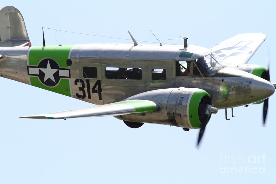 Transportation Photograph - Twin Beech C-45 Expeditor . 7d15396 by Wingsdomain Art and Photography