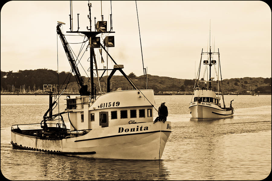 Vessel Photograph - Tying Up by Jake Johnson