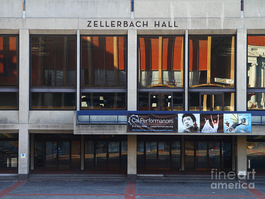 Zellerbach Hall Photograph - Uc Berkeley . Zellerbach Hall . 7d9989 by Wingsdomain Art and Photography