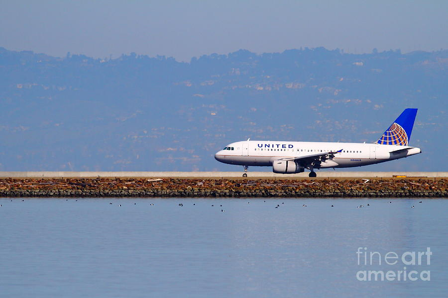 United Photograph - United Airlines Jet Airplane At San Francisco International Airport Sfo . 7d11998 by Wingsdomain Art and Photography