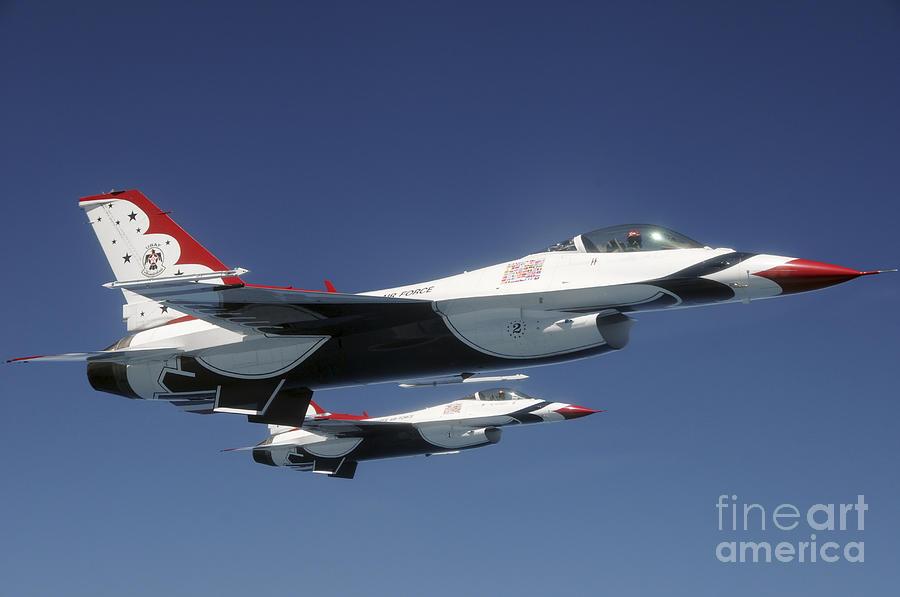 Thunderbirds Photograph - U.s. Air Force F-16 Thunderbirds by Stocktrek Images