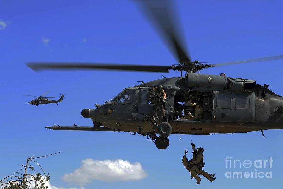 Pararescue Photograph - U.s. Air Force Pararescuemen by Stocktrek Images