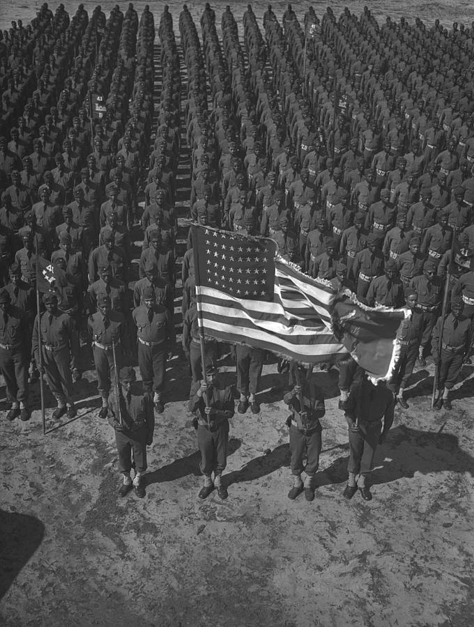History Photograph - U.s. Army 41st Engineers On Parade by Everett