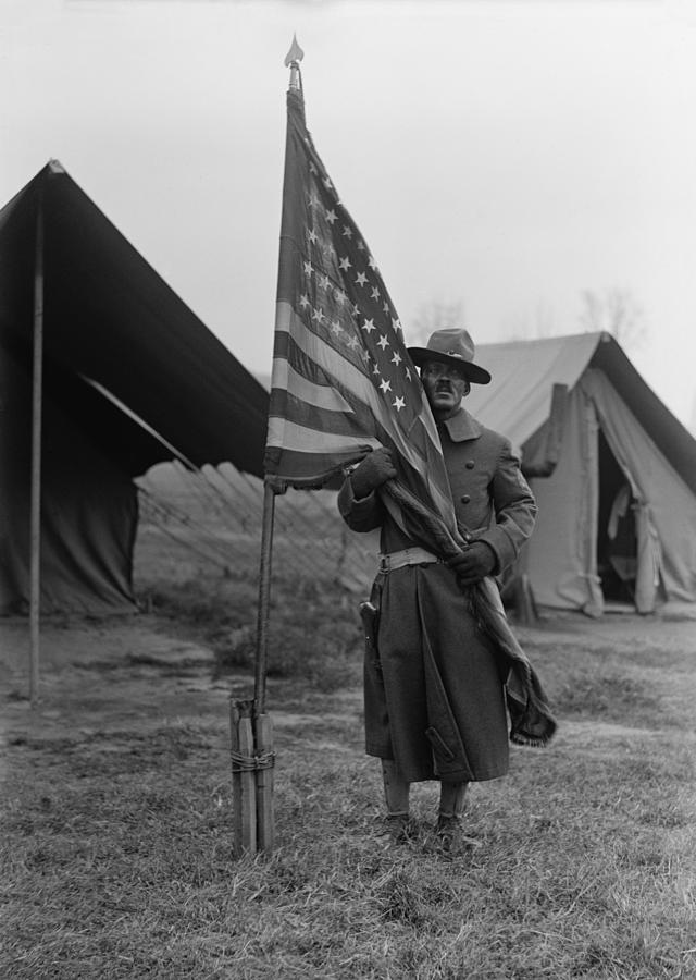 1910s Photograph - U.s. Army, African American Soldier by Everett