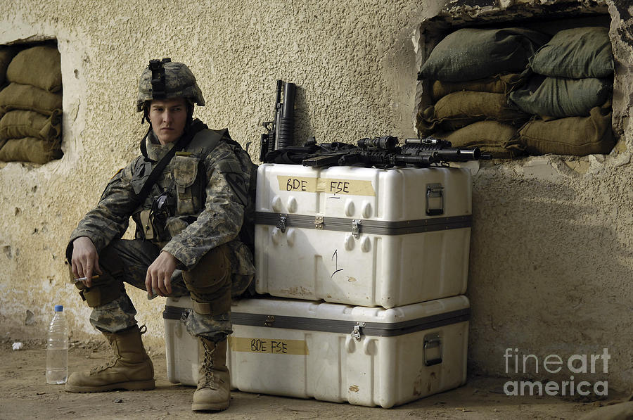 Operation Iraqi Freedom Photograph - U.s. Army Soldier Relaxing Before Going by Stocktrek Images