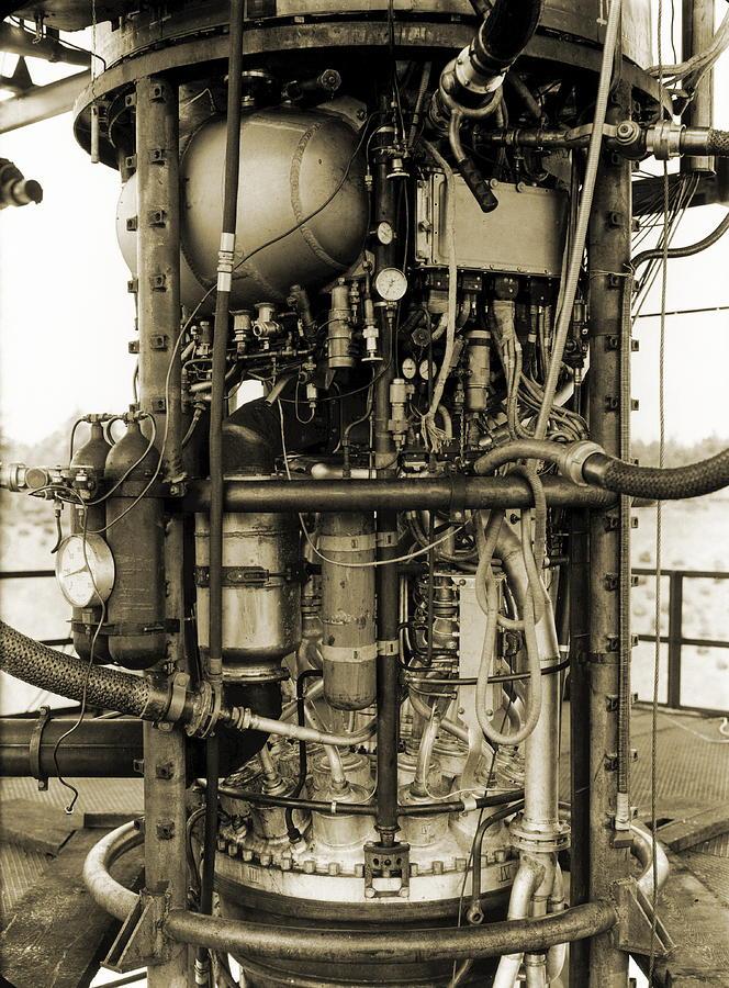 V-2 Photograph - V-2 Rocket Engine by Detlev Van Ravenswaay