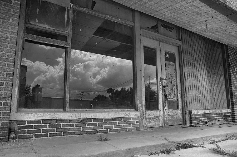 Buildings Photograph - Vacancy by Ron Cline