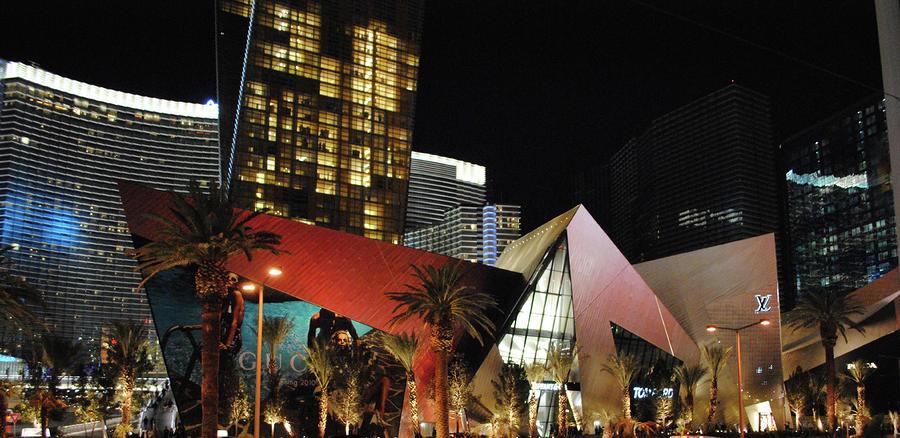 Las Vegas Photograph - Las Vegas by Maria Lopez