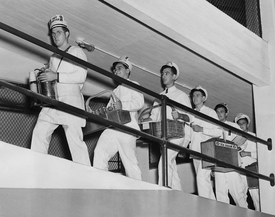 1930s Photograph - Vendors At Yankee Stadium For The World by Everett